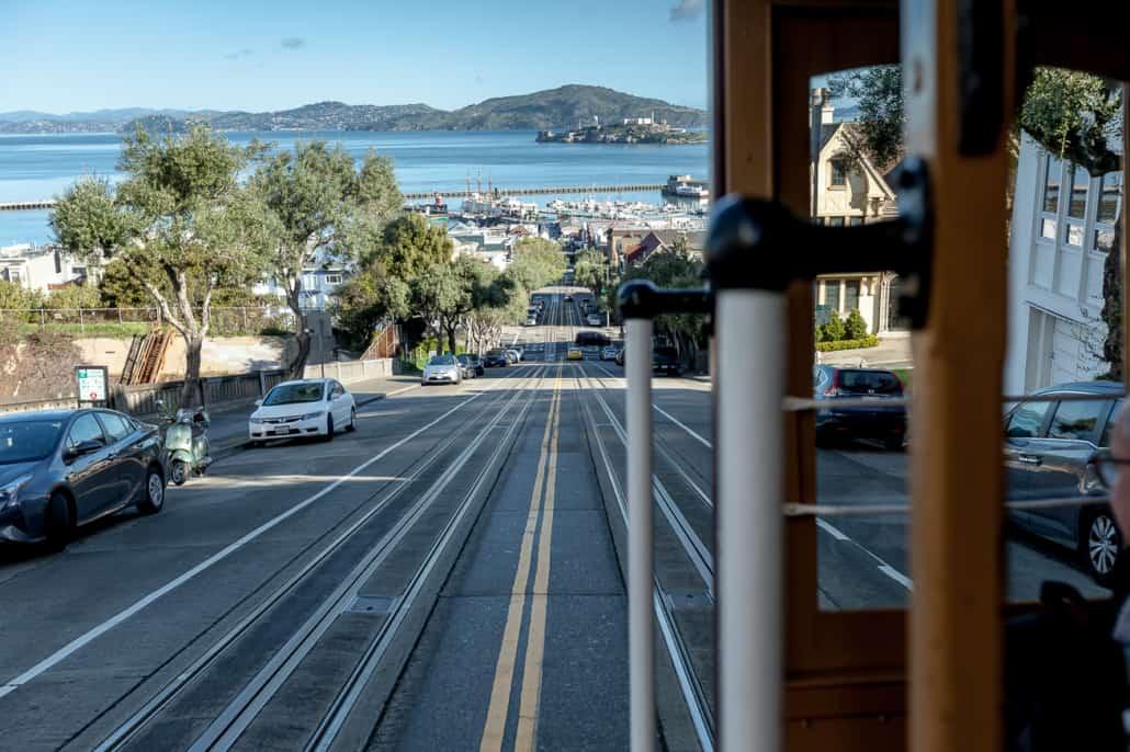 Blick aus der Cable Car Richtung Alcatraz